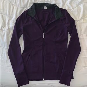 Size M Under Armour Full Zip Jacket